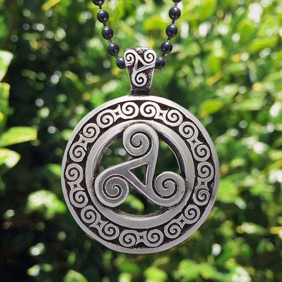 Celtic Knot Works Jewelry Triskele Pendant – Celtic Traditions (Wholesale)