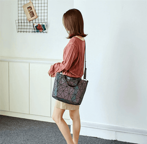 Luma Shoulder Bag