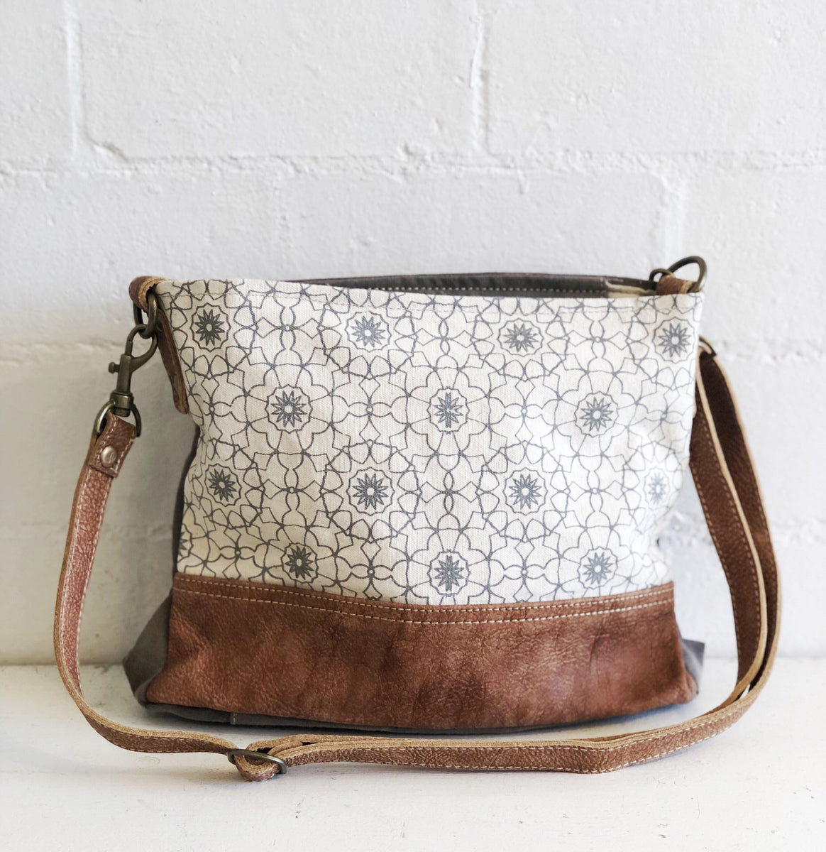 Myra Bags Vintage Barn Chicks At myra, we provide a wide range of canvas, leather & hair on products. vintage barn chicks