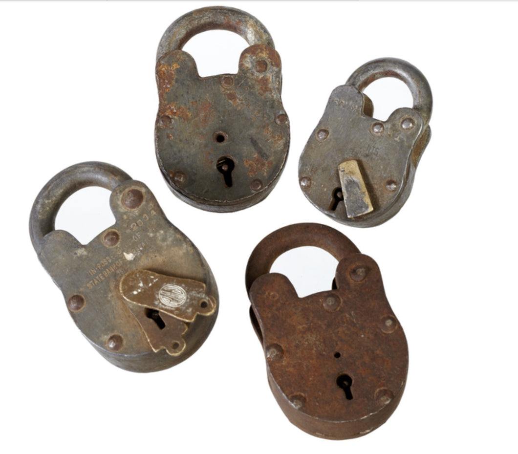 S/4 Vintage metal locks