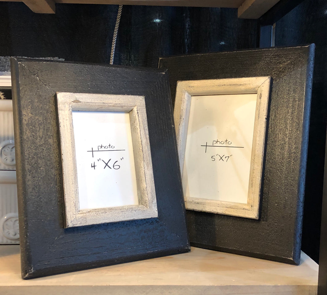S/2 Wood Picture Frames