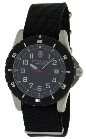 Victorinox Swiss Army Maverick Sport 2 Nylon Bands Men Watch 241674.1
