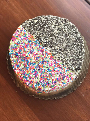 The two most popular toppings as chosen by our faithful Torico customers are Rainbow Sprinkles and Mixed Cake Crunch! This ice cream cake is totally covered in the top sellers so that you can have the best of the best in every single bite.