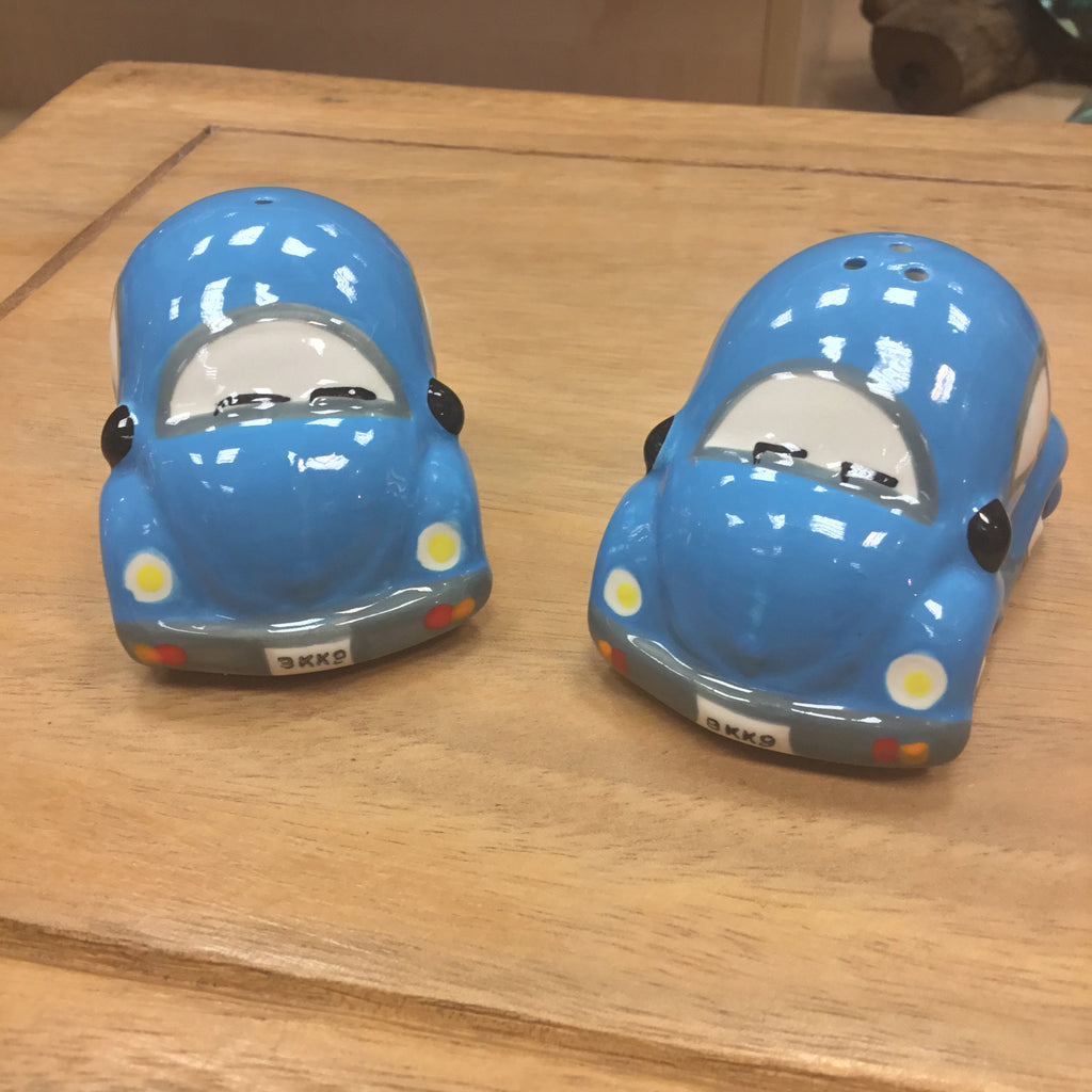 Salt and Pepper bubble car