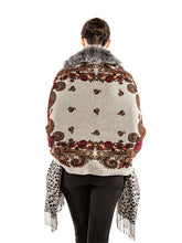 Load image into Gallery viewer, Double side printed cashmere shawl with silver fox trim