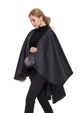Load image into Gallery viewer, Double face cashmere cape with leather trim