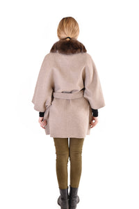 Cashmere blended cape with fox trim