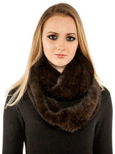 Load image into Gallery viewer, Knitted mink infinity scarf