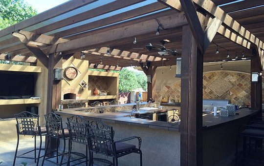 Four Uncommon Checklists For Planning An Amazing Outdoor Kitchen In 2019