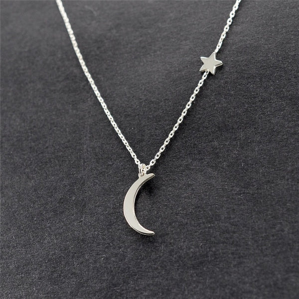 Simple Star & Moon Pendant Necklace