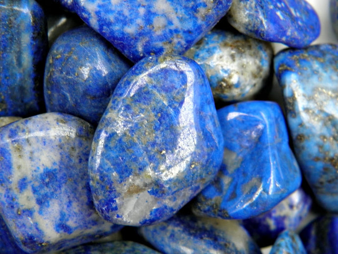 Lapis Lazuli, the stone of wisdom and truth