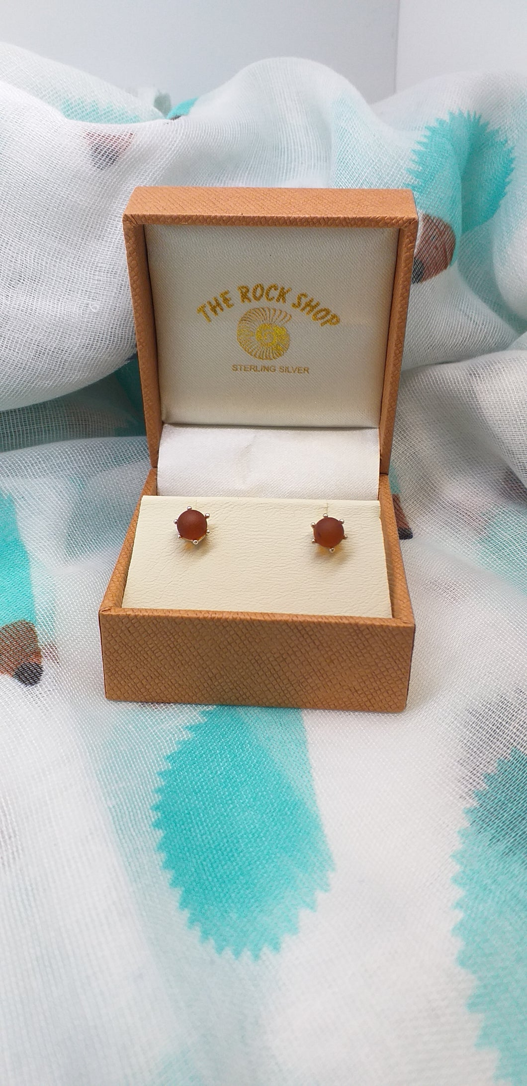 Amber Stud Earrings - Round