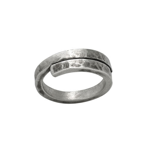 Oxid Hammered Wrap Ring