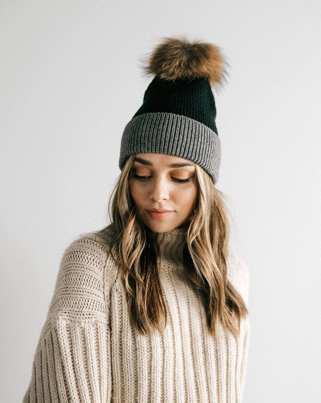 Erin Beanie - Black and Grey