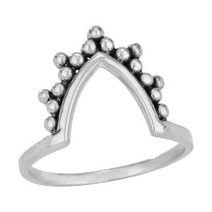 Dot Detailed Angle Ring