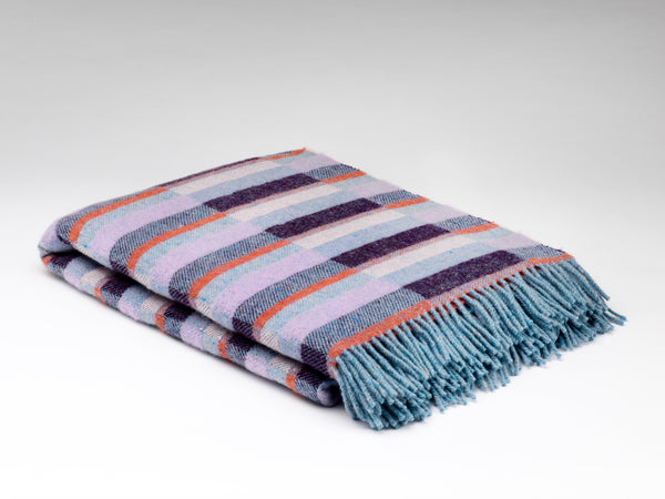 HEATHER AND ORCHID PURE WOOL THROW