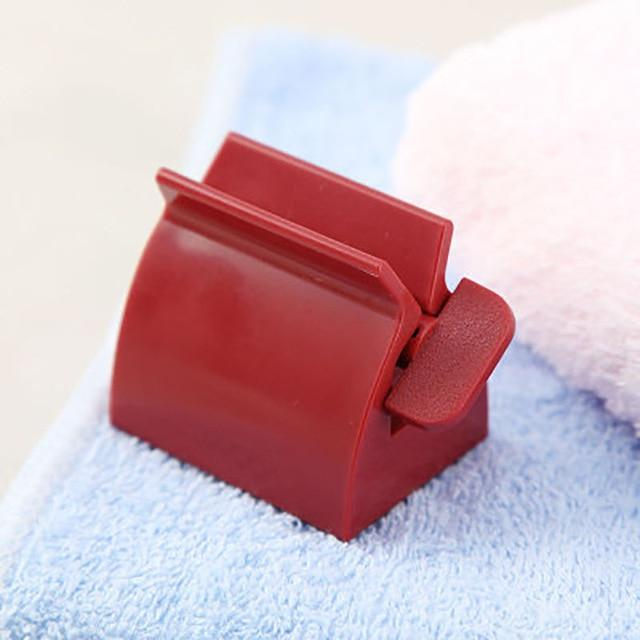 Rolling Toothpaste Squeezer - Gear Elevation