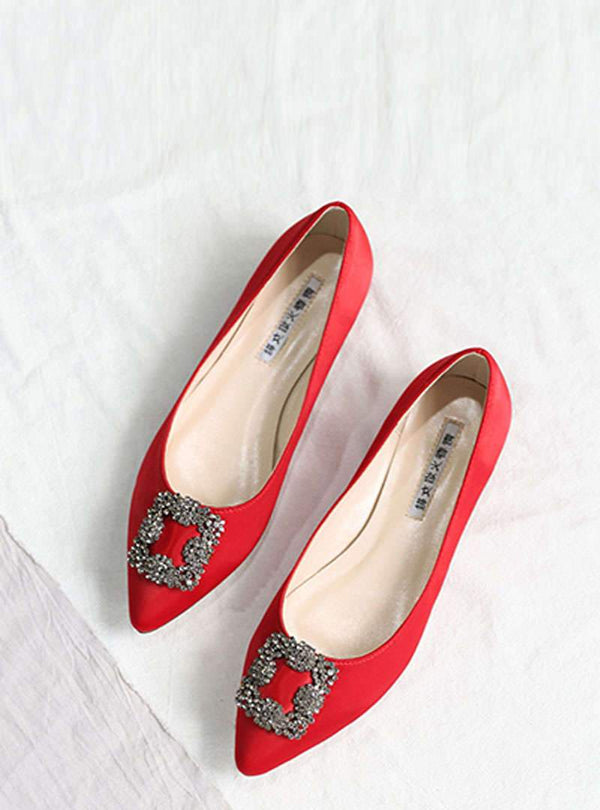 Ladies Silk Fabric Flat Heel Elegant Shoes