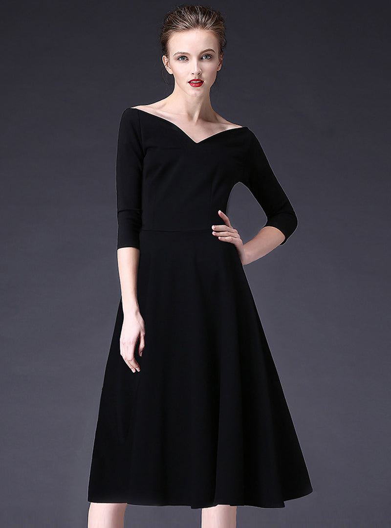 Black V-neck A-line Midi Dress