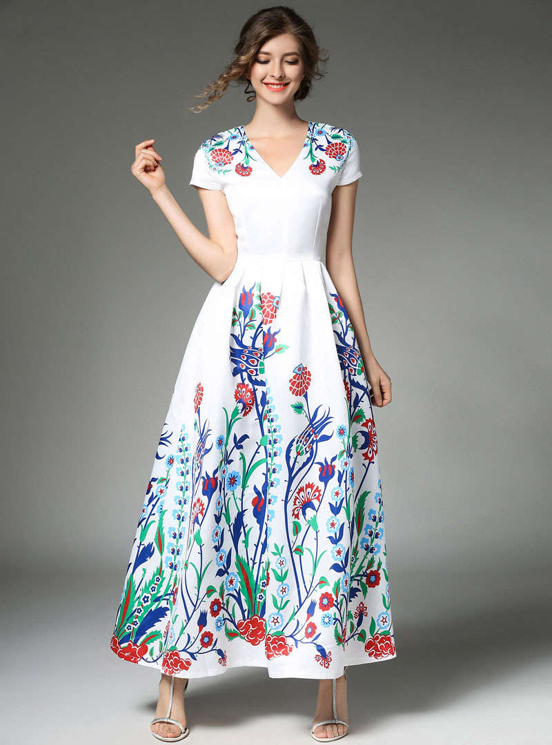 Floral Printed V-neck Swing Maxi Dress