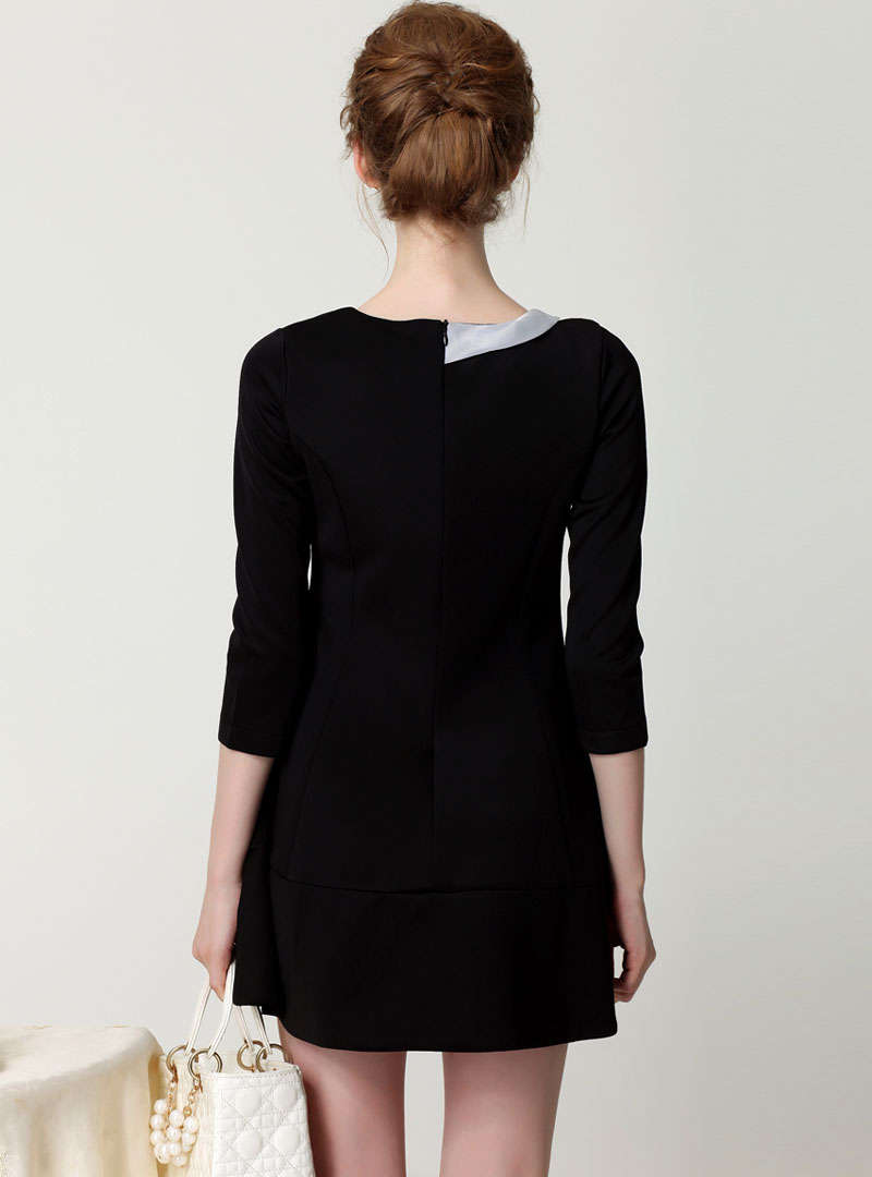 Black Plain Boutonniere Mini Dress