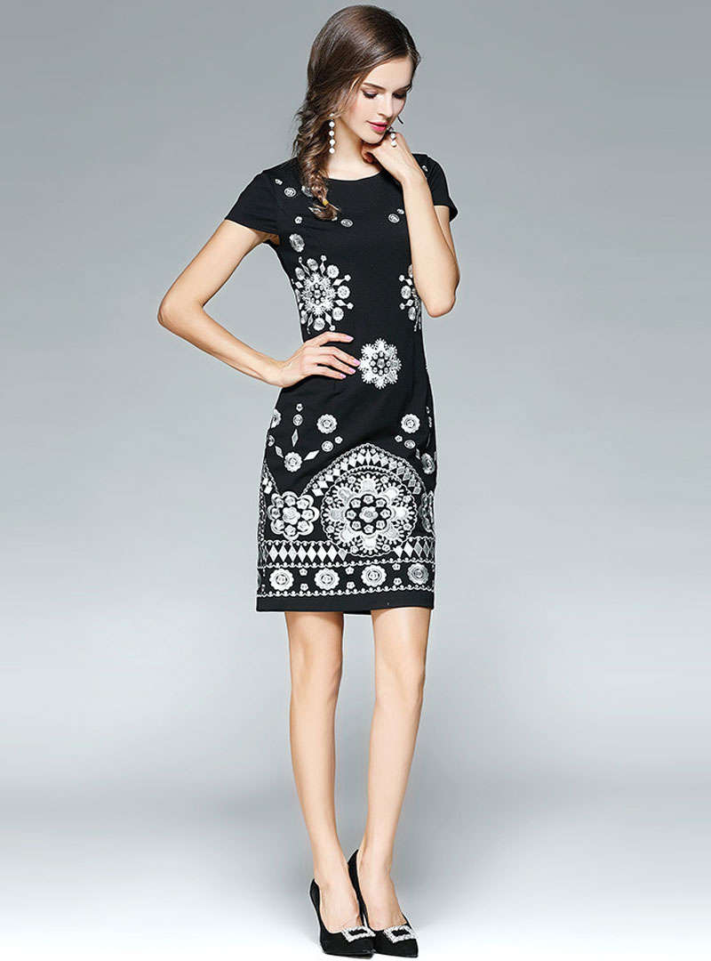 Black Floral Embroidered Bodycon Mini Dress