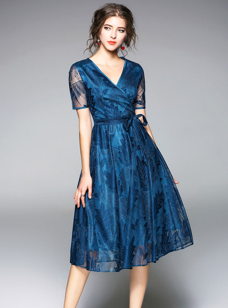 Solid Color Feather Embroidered Lace Midi Dress