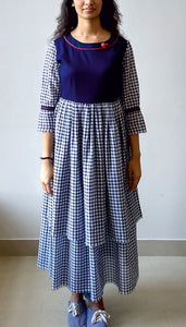 DOUBLE LAYERED GATHERED DRESS