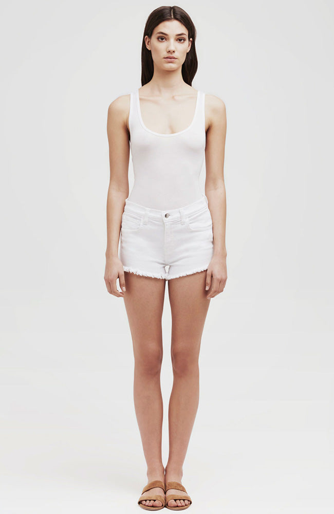 Zoe Distressed Perfect Shorts in Blanc