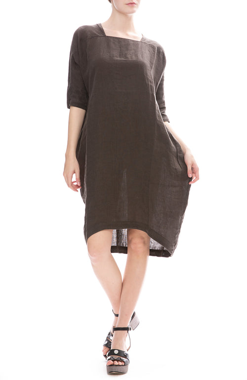 Black Crane Linen Scallion Dress in Charcoal