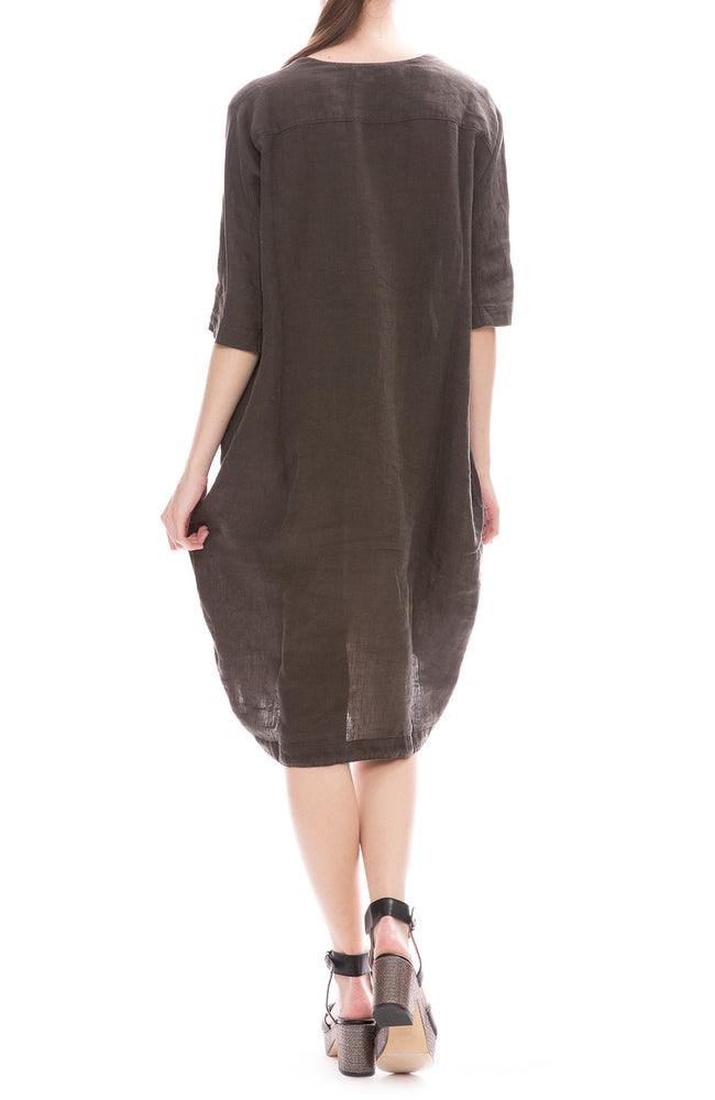 Black Crane Charcoal Linen Scallion Dress