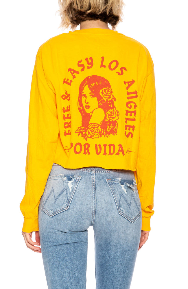 Free & Easy Womens Por Vida Long Sleeve Cropped Tee in Gold