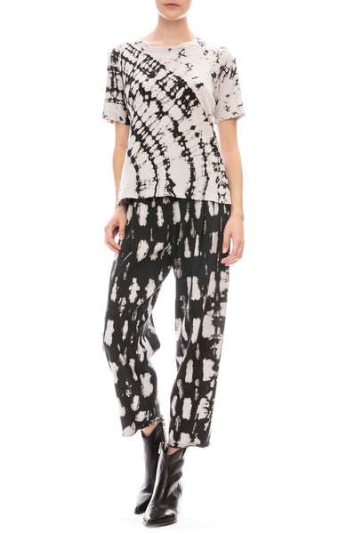 Raquel Allegra Womens Boxy Ivory and Black Tie Dye T-Shirt and Easy Pants