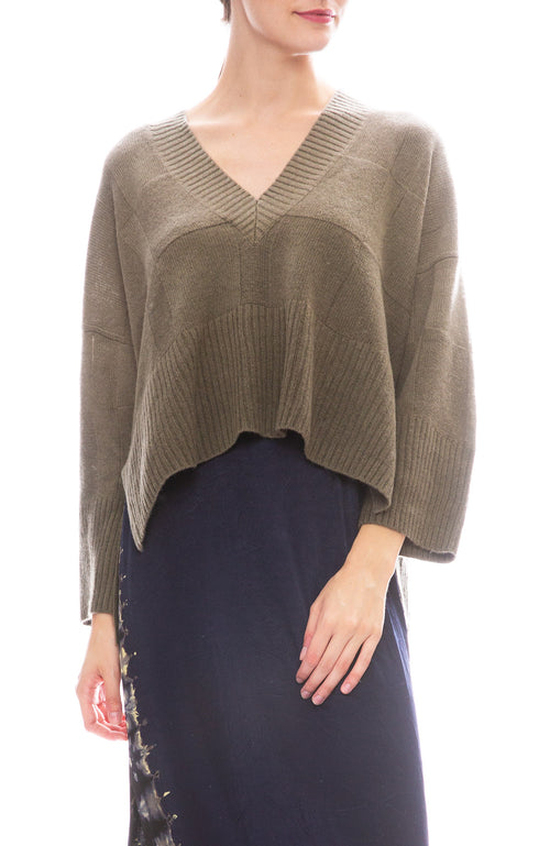 Square Pattern V-Neck Sweater