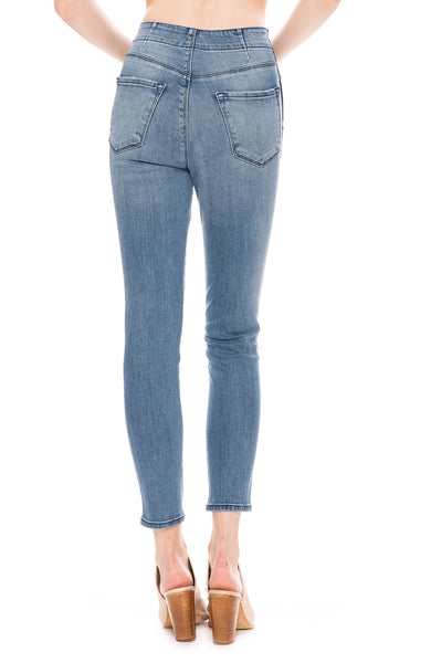 Natasha Sky-High Skinny Jean in Vega