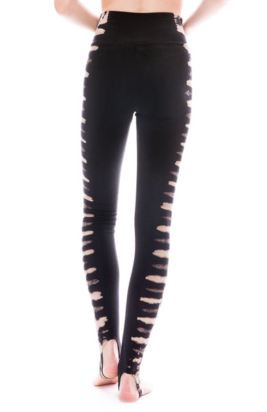Raquel Allegra Jersey Black Earth Tie-Dye Stirrup Leggings