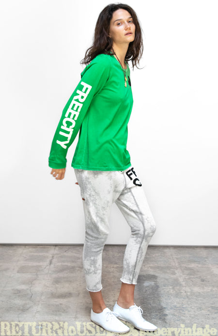 ARTISTS WANTED SUPERVINTAGE LONG SLEEVE TEE - schoolgreen