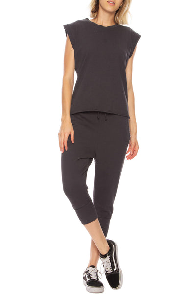 Tee Lab by Frank & Eileen Vintage Muscle Tee in Carbon with Super Cropped Sweatpants