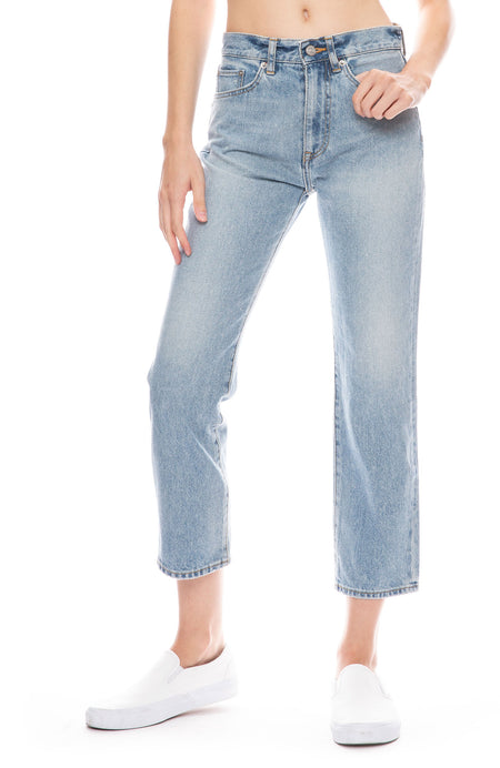 Straight Leg Crop Jean in Tomales