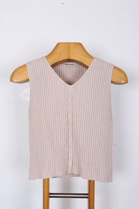 CREAM CABLE KNIT VEST, SIZE M | SWEET CHARITY | AUCKLAND NZ