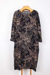 NAVY FLORAL COTTON DRESS, SIZE M | SWEET CHARITY STORE | AUCKLAND NZ