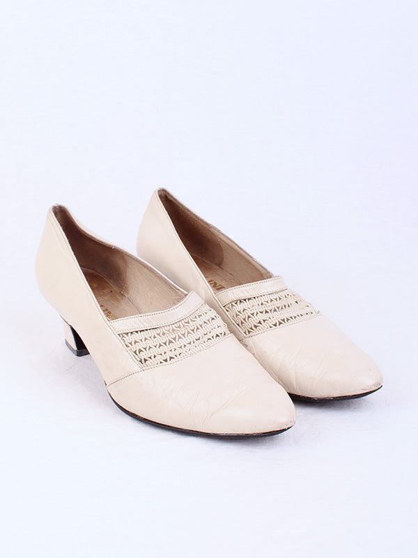 VINTAGE CREAM PUMP, SIZE 7 | SWEET CHARITY STORE | AUCKLAND NZ