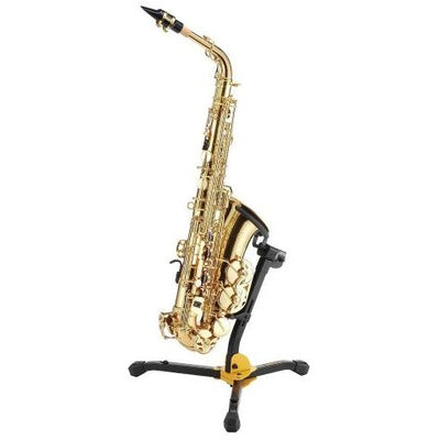 Hercules Alto/Tenor Saxophone Stand being used