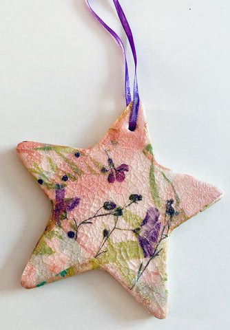 Floral Vintage Style Ceramic Tree Decoration
