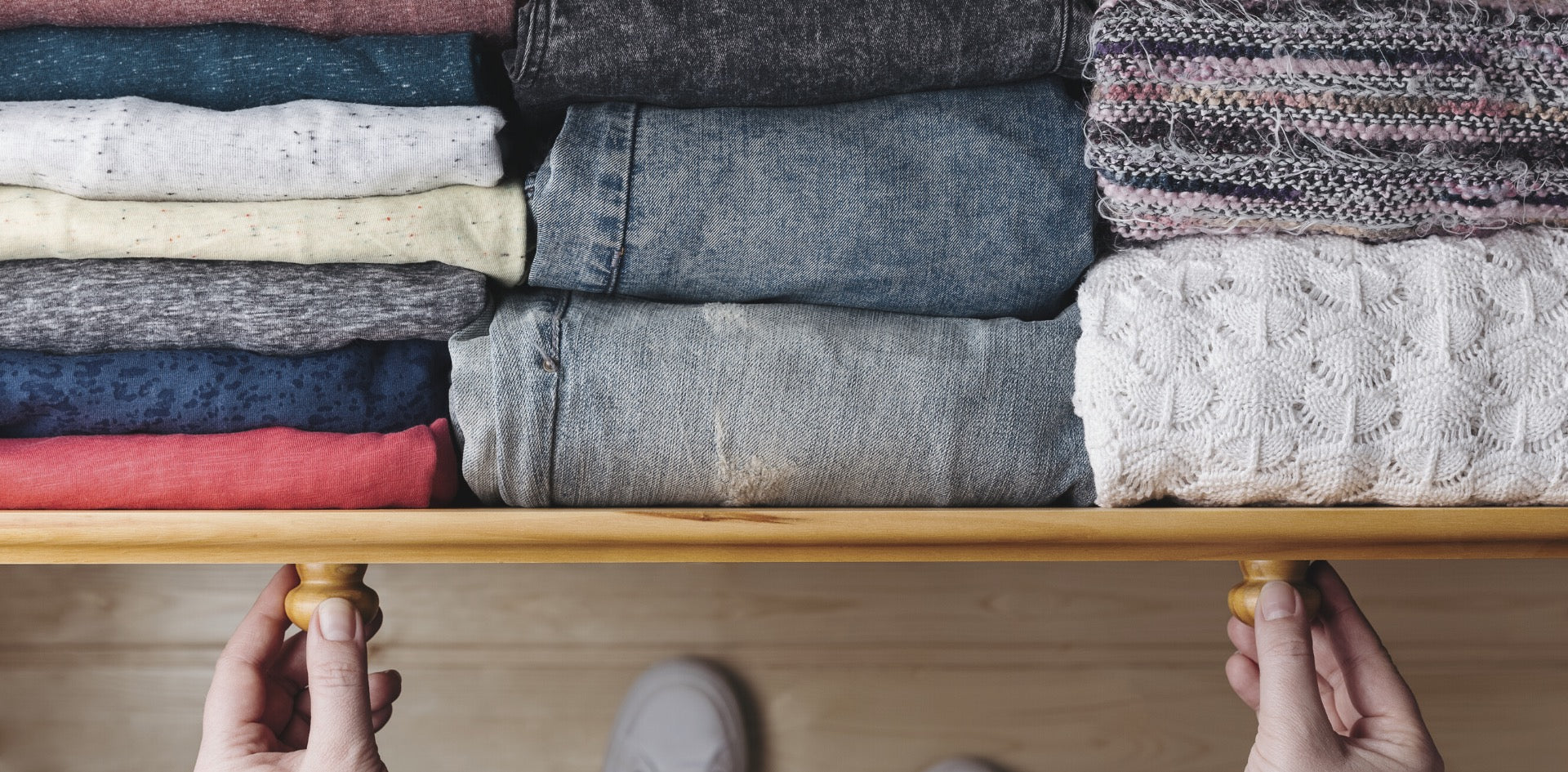 A Quick & Easy Guide to Building a Sustainable Capsule Wardrobe