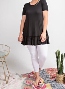 Curvy top with ruffled bottom