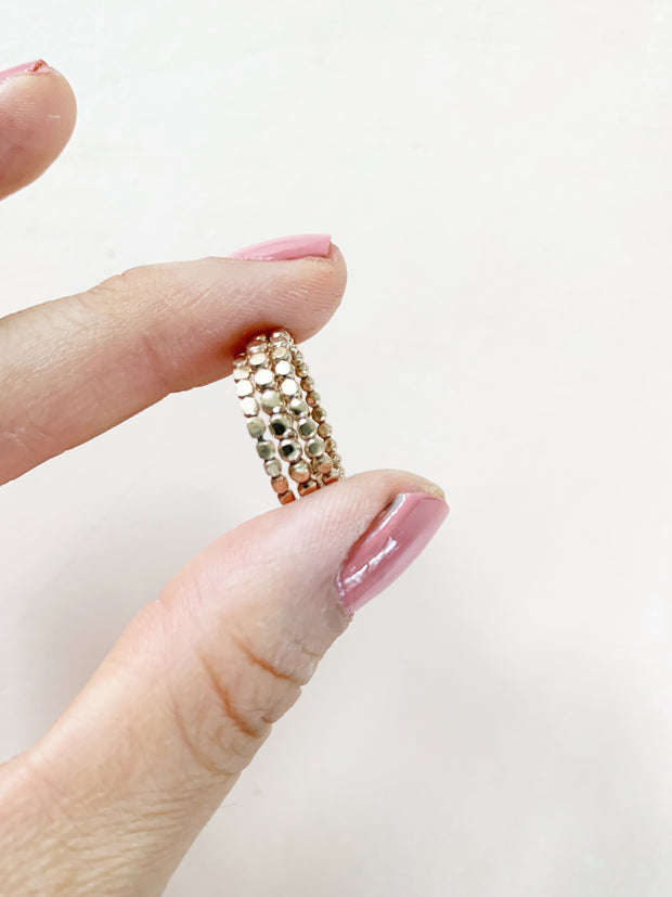 Stacking Dot Rings