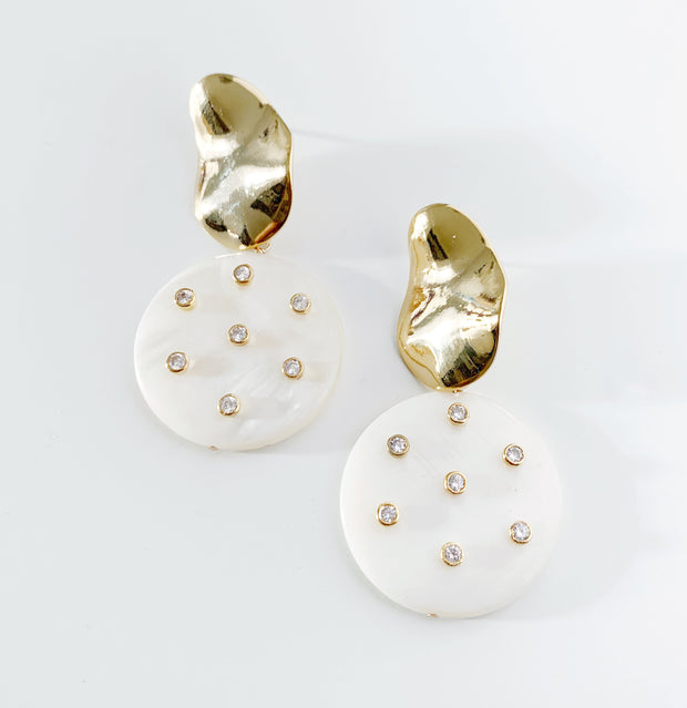 Studded Mother of Pearl and Wavy Stud Earrings