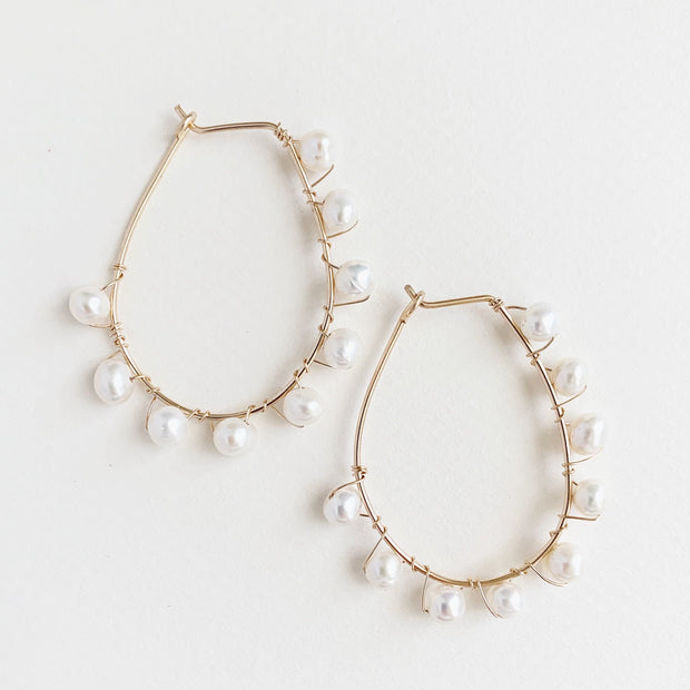 Wire Oval Pearl Hoops