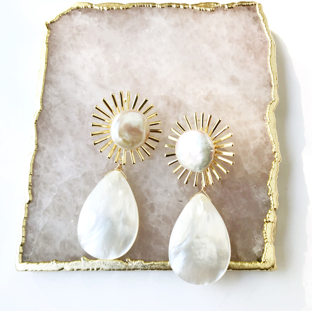 Astrid Pearl Earrings